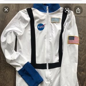 NASA jumpsuit. Fast shipping for Halloween 🎃👻